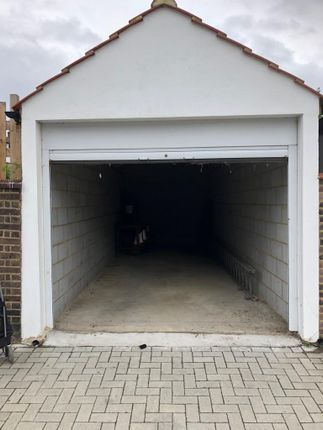 Parking/garage in  Drewstead Road  Streatham Hill S West London