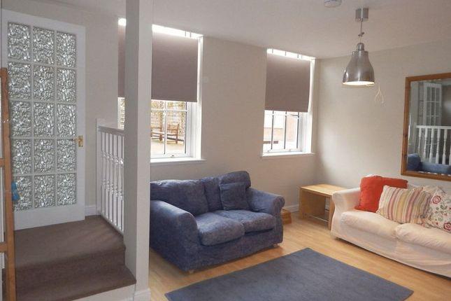 Lounge/Entrance of Peel Street, Nottingham NG1