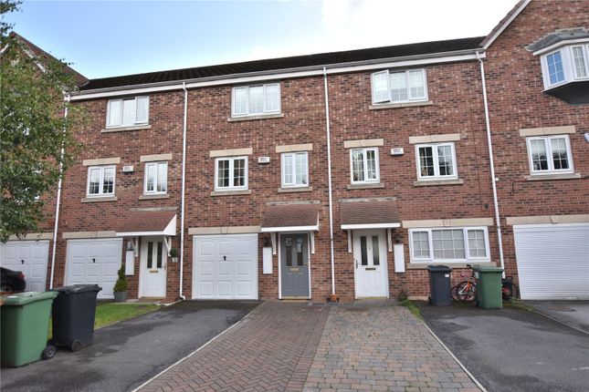 Thumbnail 3 bed town house to rent in Castle Lodge Gardens, Rothwell, Leeds, West Yorkshire