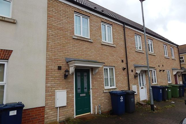Thumbnail Terraced house to rent in Meadow Rise, Huntingdon