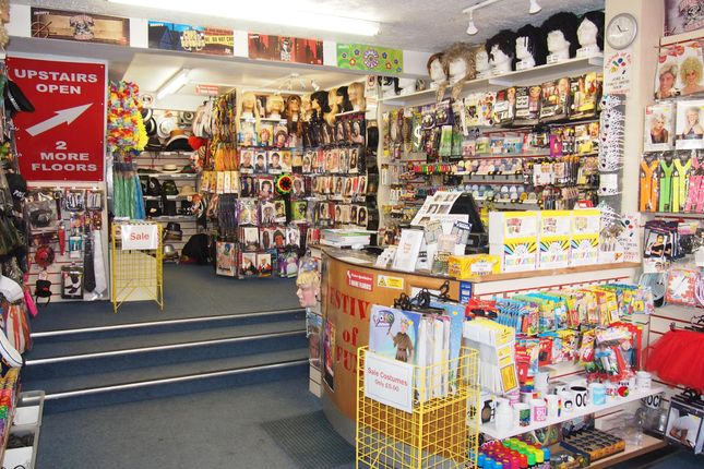 Thumbnail Retail premises for sale in Fancy Dress/Party Wear YO1, North Yorkshire