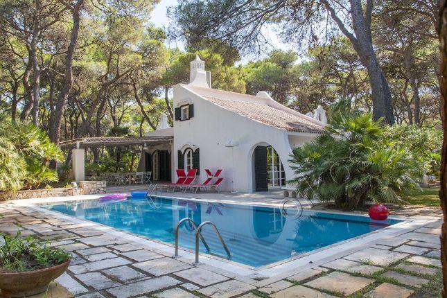 4 bed villa for sale in Via Dell'istrice, Castellaneta, Taranto, Puglia, Italy