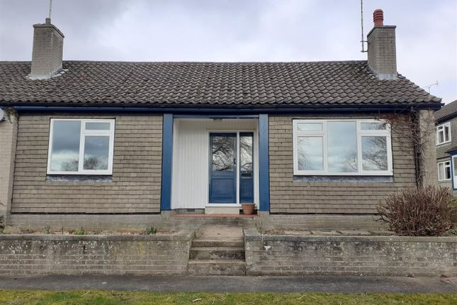 2 bed bungalow to rent in Churchside, Scarcliffe, Chesterfield S44
