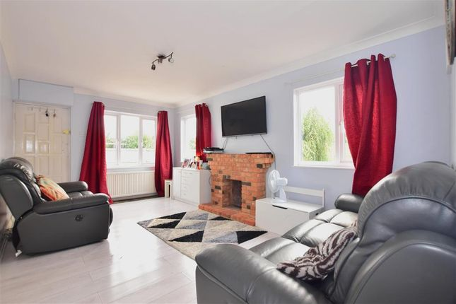 Thumbnail Detached bungalow for sale in Lower Avenue, Bowers Gifford, Basildon, Essex