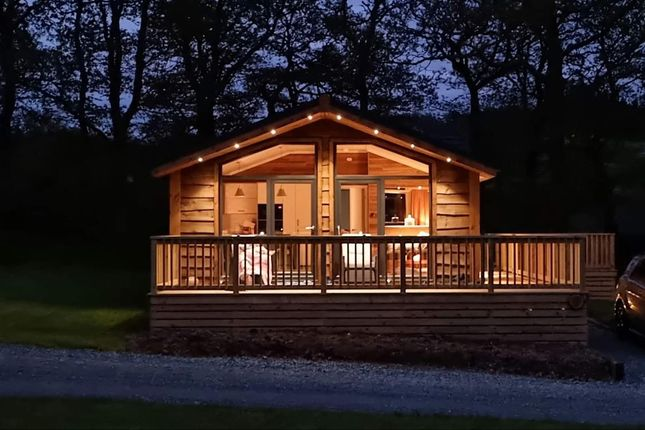 Thumbnail Lodge for sale in Glan-Y-Nant, Llanidloes