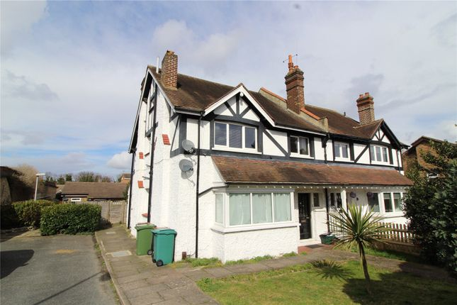 Thumbnail Maisonette for sale in Carew Road, Wallington