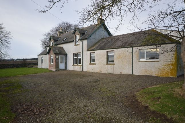 Thumbnail Farmhouse to rent in Fallaws Farm Cottage Arbirlot, Arbroath, Angus