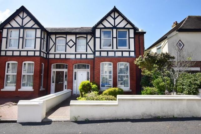4 bed property for sale in Belgravia Road, Onchan