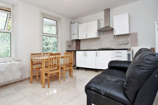 Thumbnail Flat to rent in Crowland Road, London