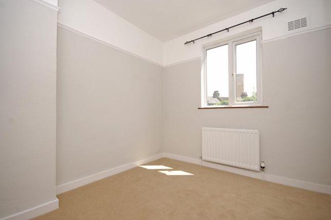 Picture No.06 of Roan Street, Greenwich, London SE10