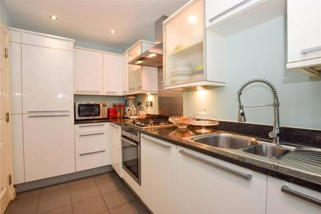 3 bed end terrace house to rent in Priory Fields, Watford WD17