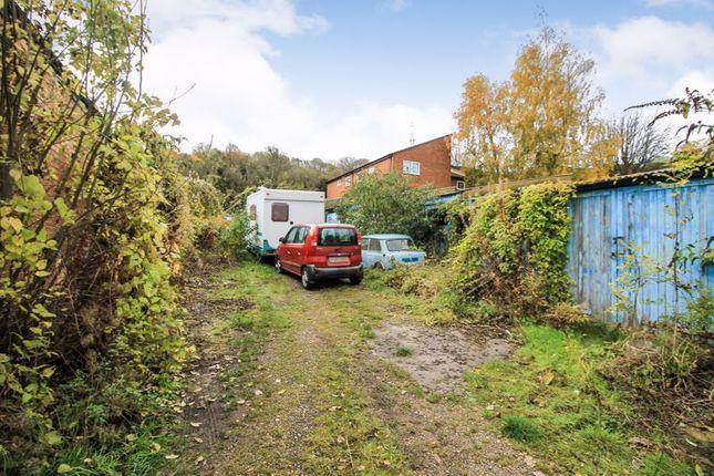 Photo 5 of Ashburnham Road, Luton LU1