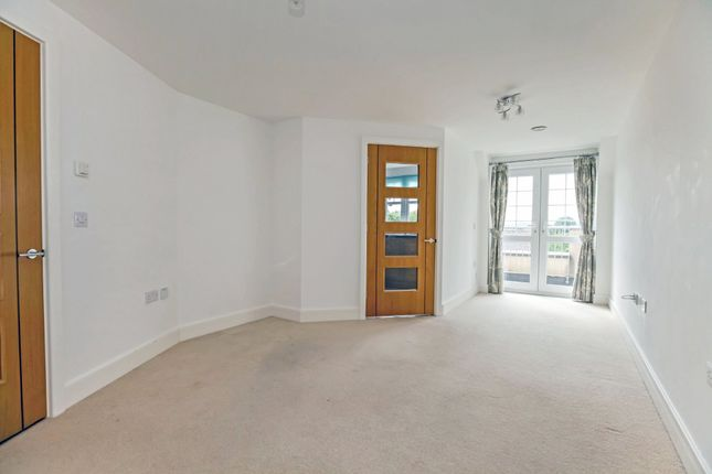 Thumbnail Property for sale in Clarence Court, Brighton Road, Horsham