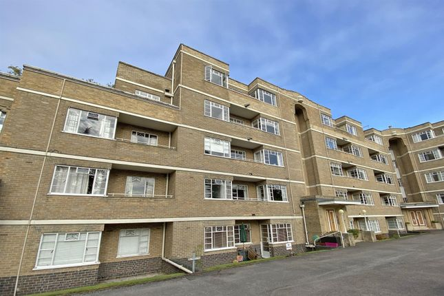 4 bed flat for sale in Suffolk Square, Cheltenham GL50