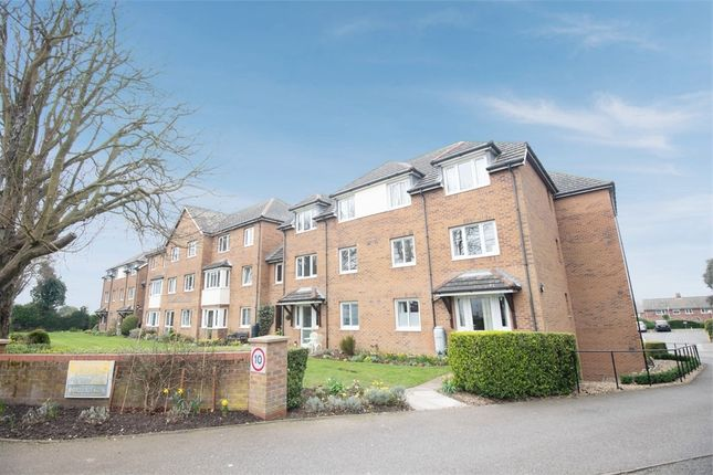 1 bed flat for sale in Lyndhurst Court, Hunstanton, Norfolk PE36