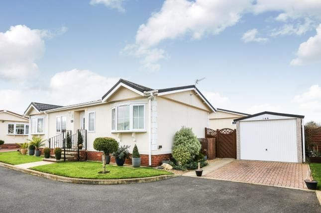 Thumbnail Mobile/park home for sale in Three Star Park, Bedford Road, Lower Stondon, England