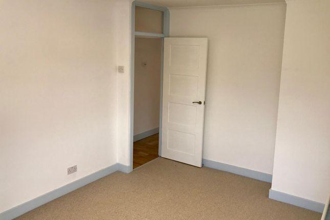 Bedroom 1 of Nailsworth Crescent, Merstham, Redhill RH1