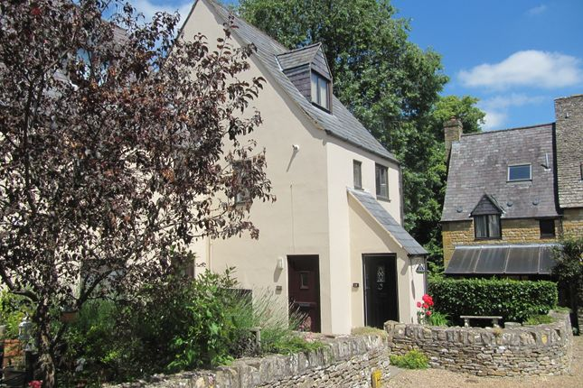 Thumbnail Maisonette for sale in Wolds End, Chipping Campden
