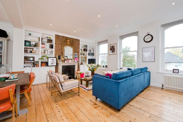 Thumbnail Flat to rent in St. Quintin Avenue, London