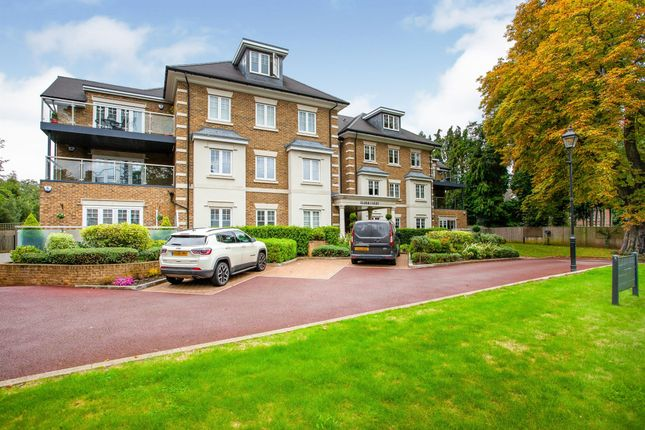 Thumbnail Penthouse for sale in Magpie Hall Road, Bushey Heath, Bushey