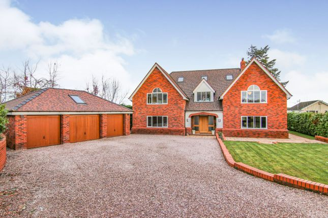 Thumbnail Detached house for sale in Hendy Road, Mold