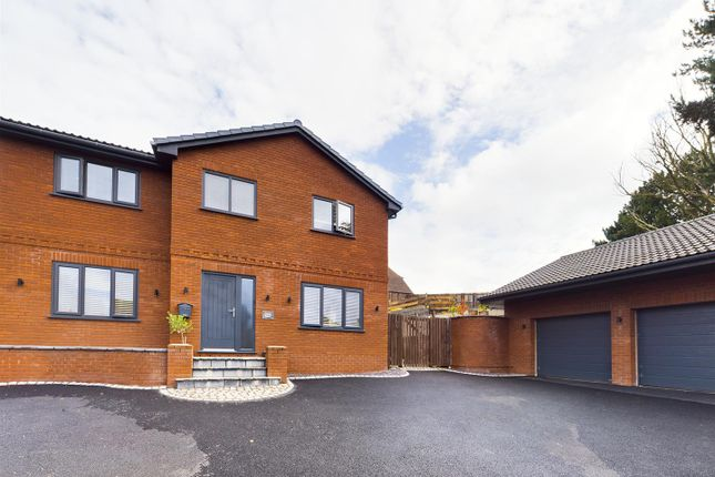 Thumbnail Detached house for sale in Daleside Avenue, Wrexham