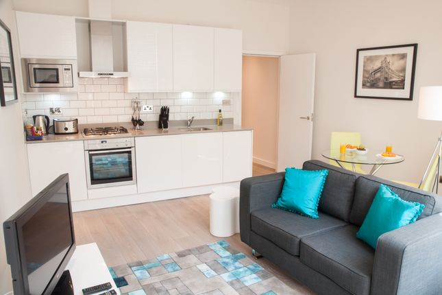 Thumbnail Flat to rent in Chandos Place, London