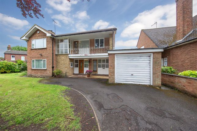 Thumbnail Detached house for sale in Priory Road, Dunstable, Bedfordshire
