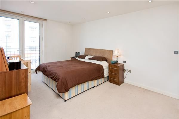 Bedroom of Burwood Place, London W2
