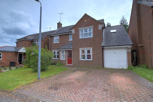 Thumbnail Detached house for sale in Catchacre, Dunstable