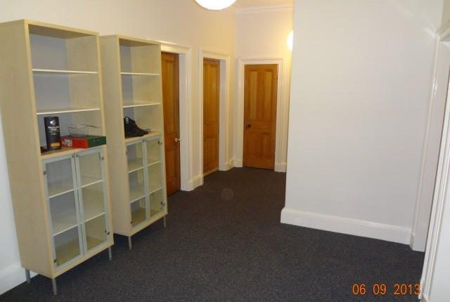 Thumbnail Flat to rent in 38 Warrender Park Road, Edinburgh