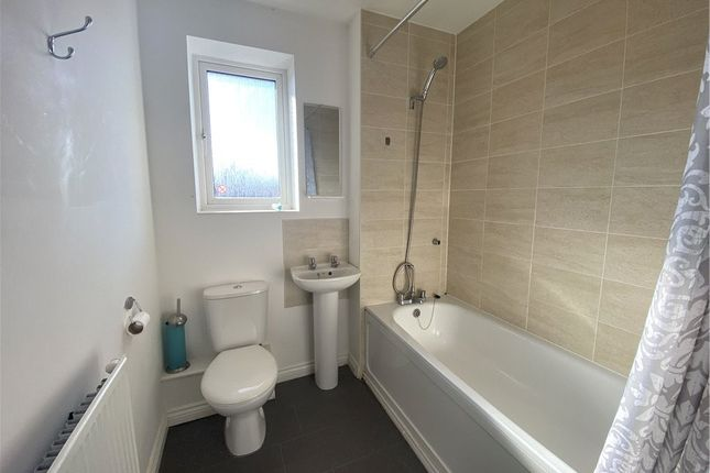 Bathroom of Signals Drive, Coventry, West Midlands CV3