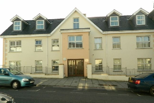 Thumbnail Flat to rent in 2 Fermoy House, 110 Charles St, Milford Haven