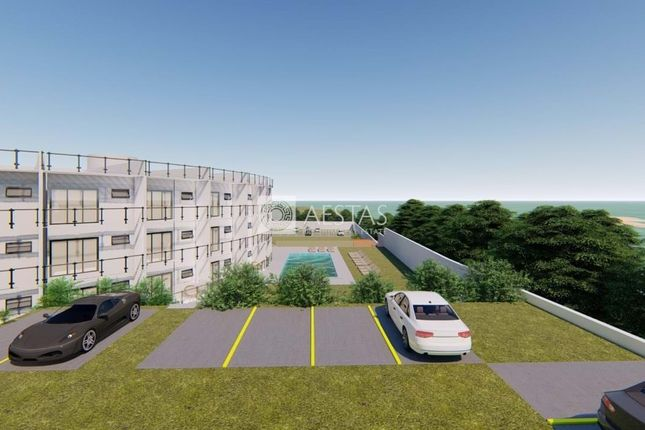 Thumbnail Block of flats for sale in Albufeira, Portugal