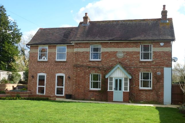 Thumbnail Detached house to rent in Dodsley Lane, Easebourne, Midhurst