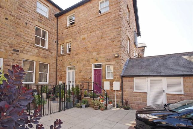 Thumbnail Flat to rent in Valley Drive, Harrogate, North Yorkshire
