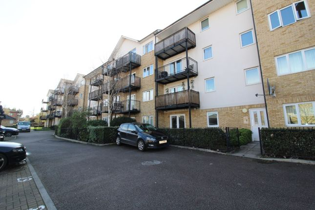 Thumbnail Flat for sale in Sharps Court, Hitchin