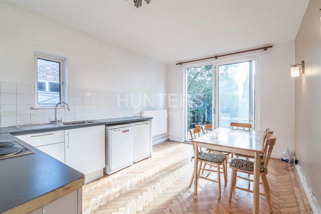 Thumbnail Flat to rent in Hopefield Avenue, London