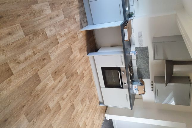 1 bed flat to rent in St. Pauls Road, Northampton NN2