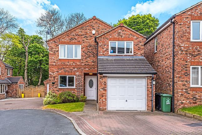 Thumbnail Detached house for sale in Chapel View, Gildersome, Morley, Leeds