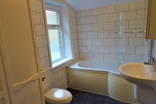 Bathroom of Waverley Road, Elland HX5