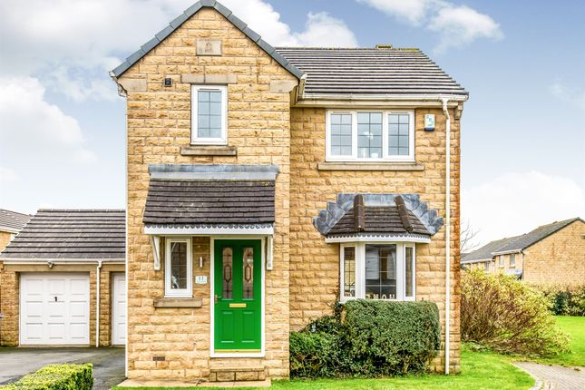 Thumbnail Detached house for sale in Pinebury Drive, Queensbury, Bradford