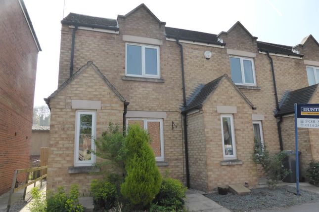 Thumbnail Town house to rent in Waterside View, Conisbrough, Doncaster