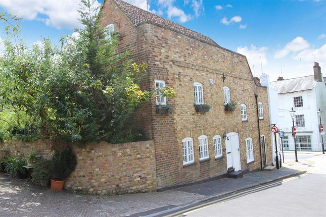 Thumbnail End terrace house for sale in Royal Oak Cottage, High Street, Old Town, Hemel Hempstead