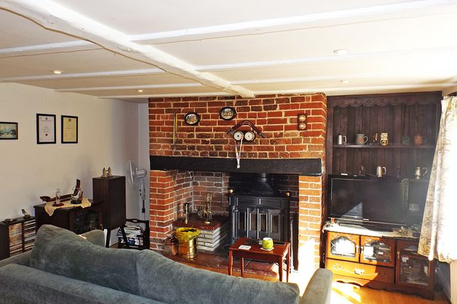 Thumbnail Detached house for sale in Park Common, Kenninghall, Norwich
