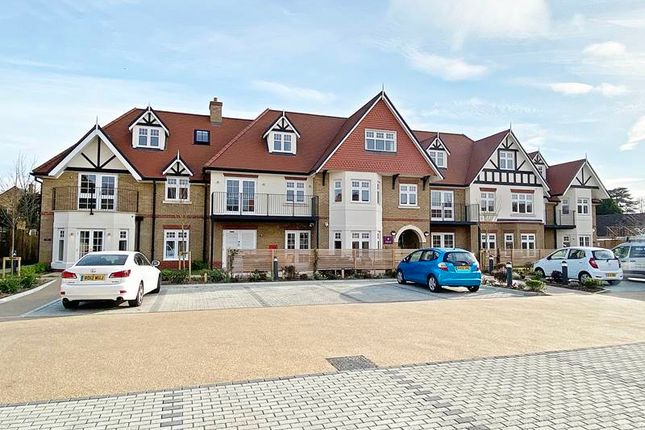 Thumbnail Flat for sale in Wharf Lane, Bourne End