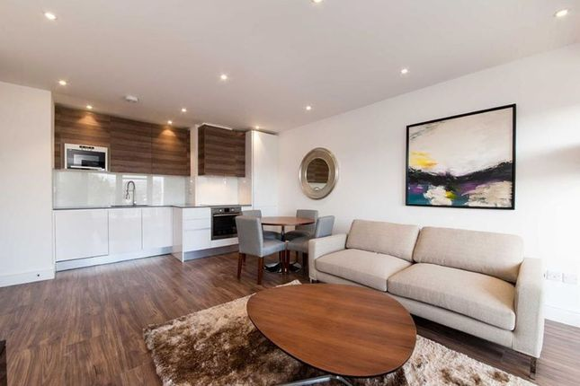 Thumbnail Flat to rent in East Barnet Road, Barnet