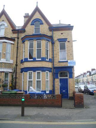 Thumbnail Studio to rent in Tennyson Avenue, Bridlington