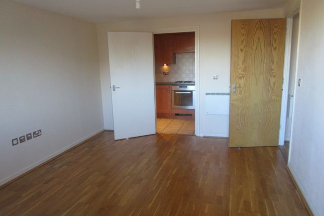Thumbnail Flat to rent in Pershore House, West Ealing