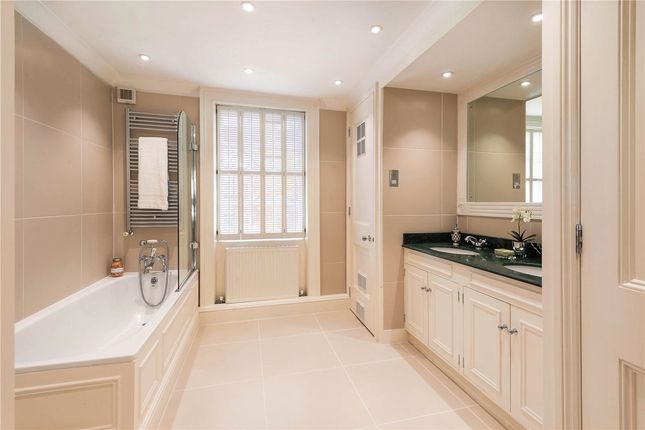 Bathroom of Victoria Grove, Kensington, London W8